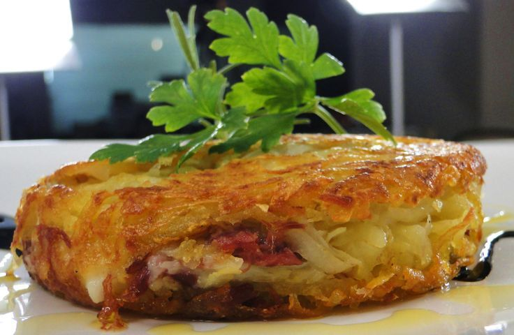 Batata doce e cenoura rostie recheada com queijo (Canastra e Mussarela)