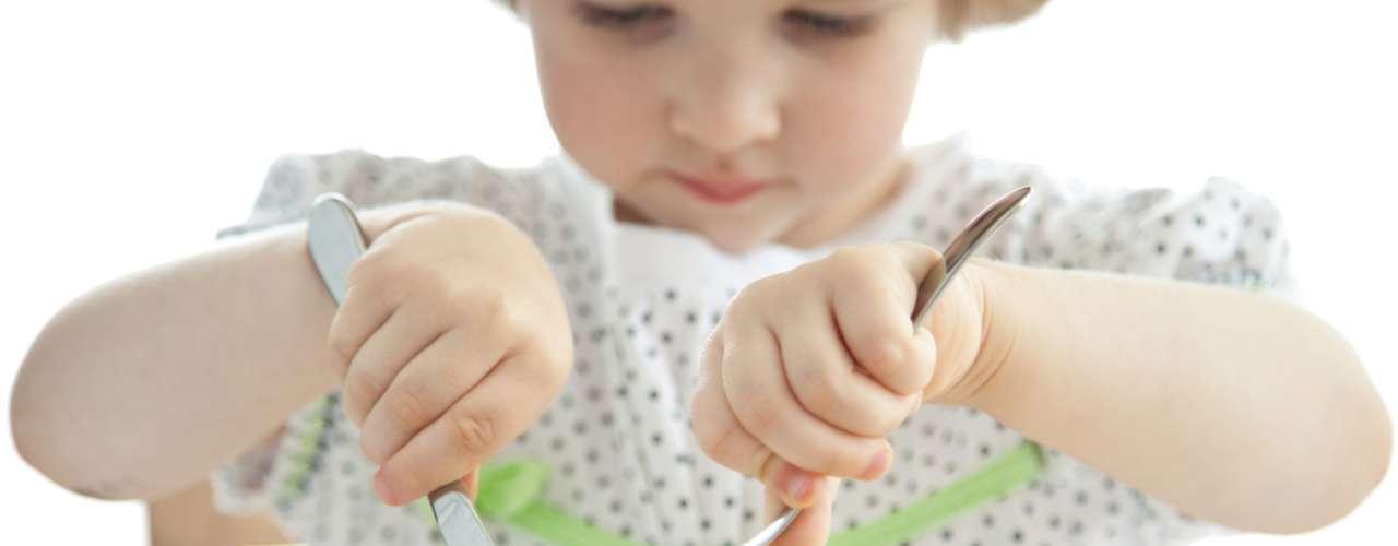 16 Alimentos que criança não deve comer antes de 2 anos ou +.