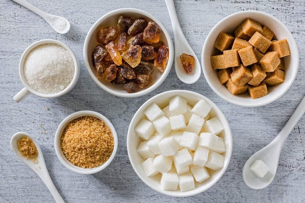 Açúcar na alimentação dos bebês e crianças: Como fazer?