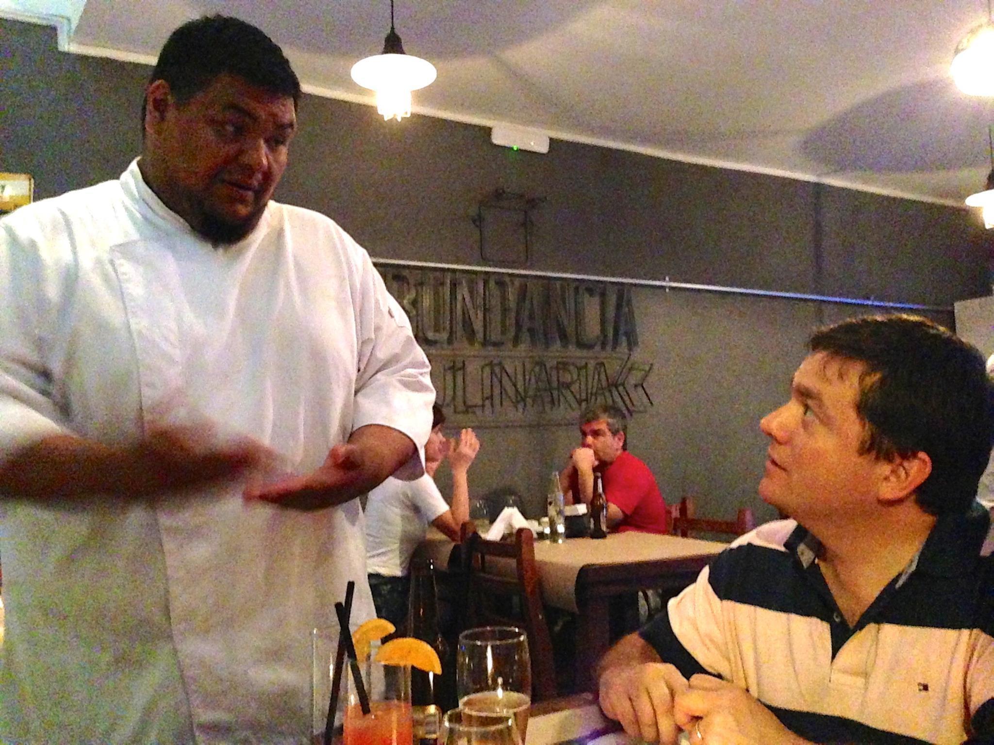 "Alumno de Mausi Sebess, Oscar ""Coto"" Fernandez, abre su restaurante Abundancia Culinaria"