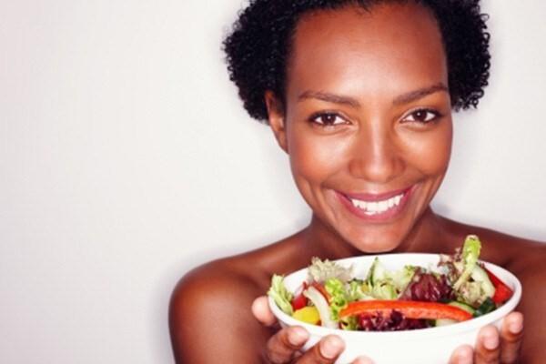 """5 alimentos """"saudáveis"""" não recomendados para mulheres"""