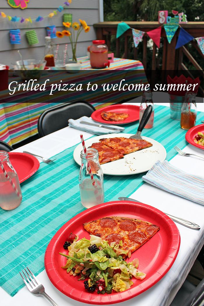 Pizza a la parrilla para darle la bienvenida al verano