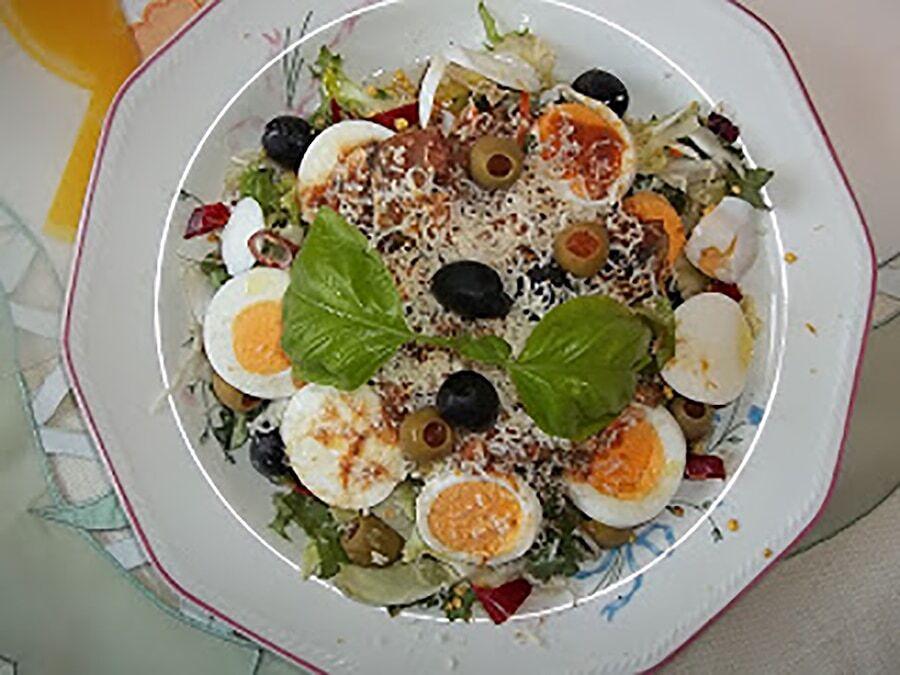 Receptjeim a Mindmegette ajánlásával: Főtt tojásos mediterrán saláta, paradicsomos sprotnival, Szendvics majonézes tojással, Óriás vegaburger hasábburgonyával, Medvehagymás pesto és még 73 receptem