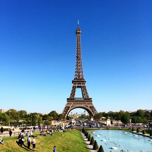#omncpelomundo: Primeiras mordidas em Paris