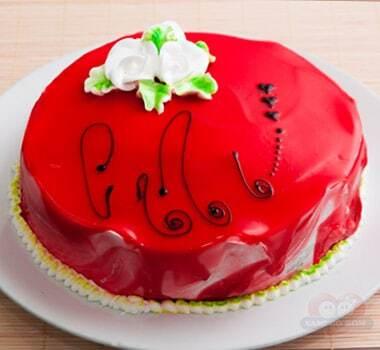 decoração de bolo para cha de bebe com chantilly