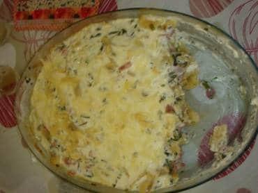 Ravióli ao Molho Branco com Presunto e Brócolis