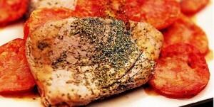 Atum com Orégano e Tomate Frito