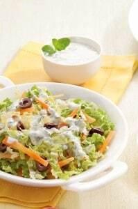 Salada de Acelga com Molho de Iogurte