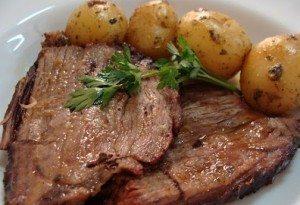 de carne bovina assada no forno cha de dentro