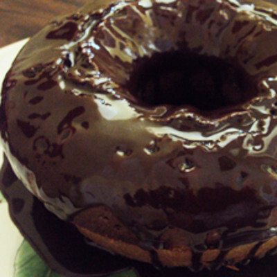 Bolo com Beterraba e Barrado de Chocolate