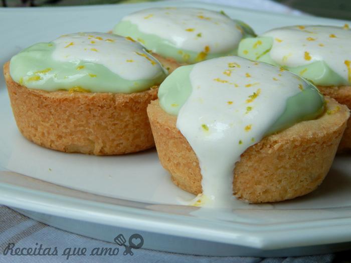 Tortinha de limão com merengue