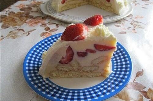 Sütés nélküli epres torta