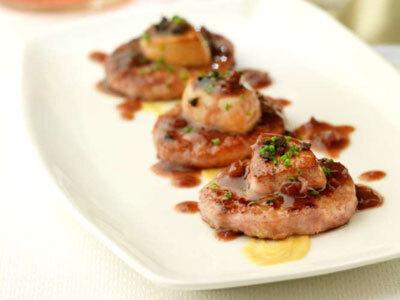 Minihamburguesas con foie y salsa Oporto