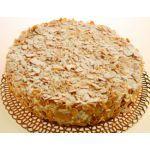 Torta de jazmín con merengadas de almendra