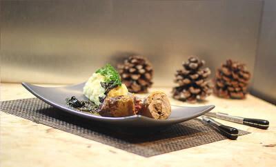 Suprême de Pintade, Foie Gras et Morilles cuit sous vide