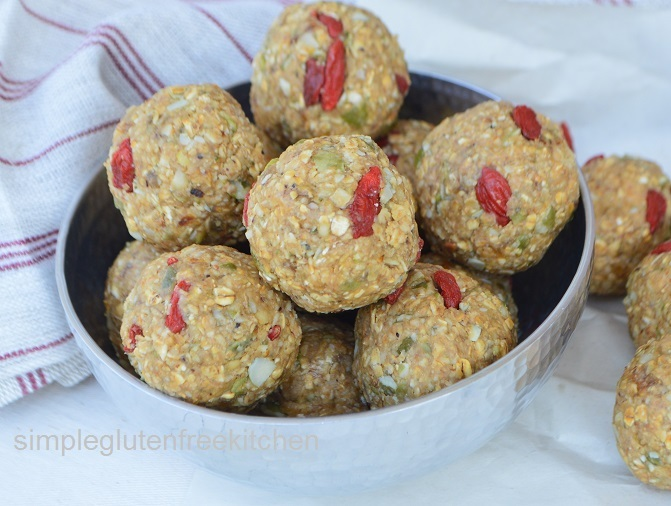 Oats and Peanut Butter Energy Balls