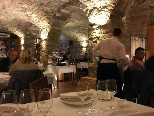 Les voltes de Sant Sebastià -cuina de l'interior de Catalunya-