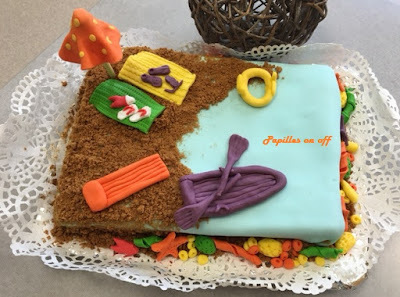 Gâteau thème plage / départ en retraite (gâteau vanille, ganache à la fraise) au thermomix ou sans