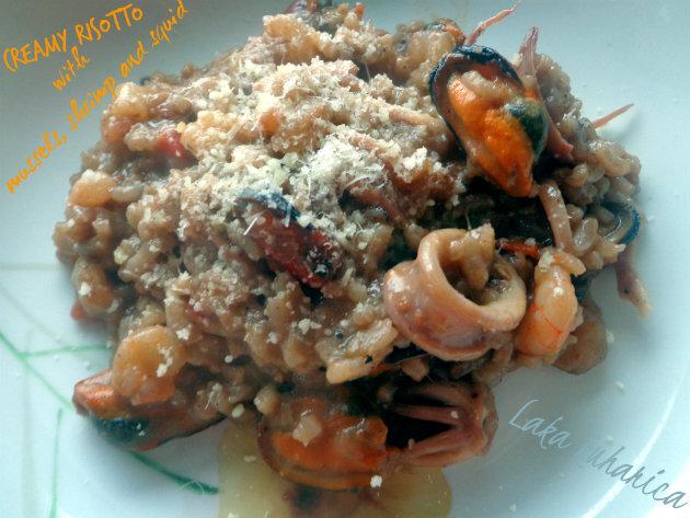 Fini rižoto s dagnjama, kozicama i lignjama :: Creamy risotto with mussels, shrimp and squid