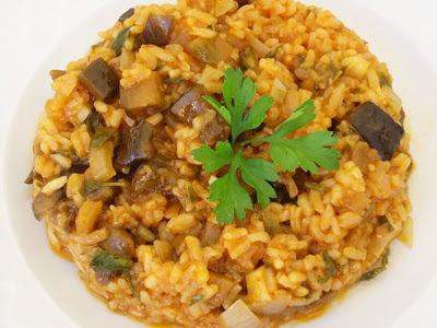 Συνταγές με μελιτζάνες  από Β.Λορετζατο