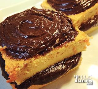 Receita de bolo de cenoura de frigideira com cobertura e recheio de chocolate