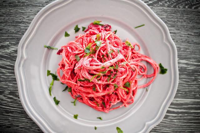 Krémové špagety s řepou