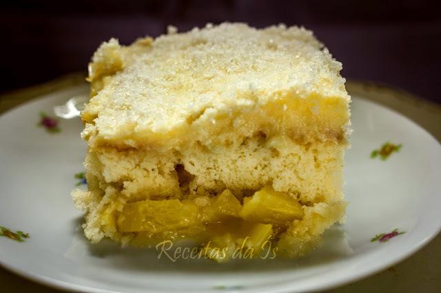 bolo de abacaxi facil e gostoso