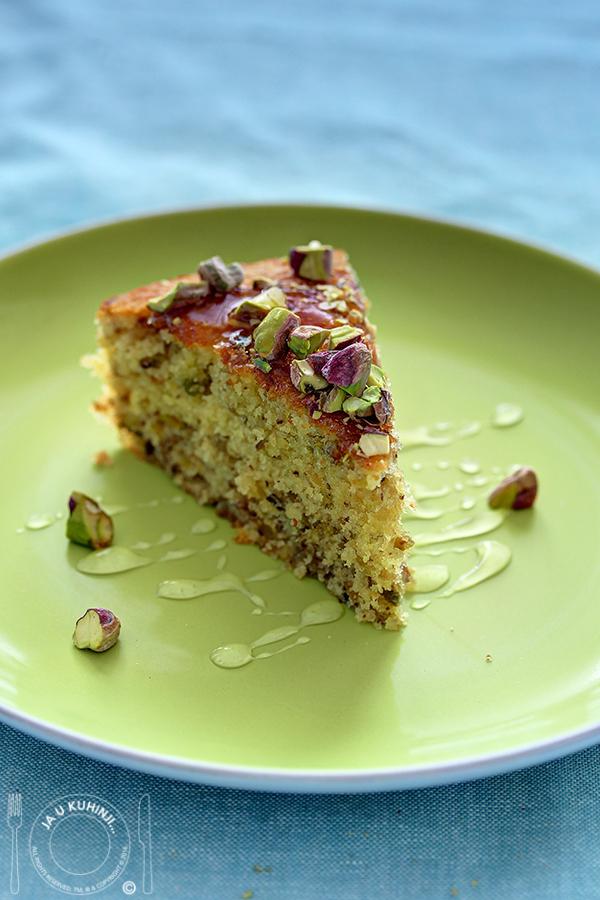 Kolač s pistaćima, limetom i kardamomom / Pistachio, Lime and Cardamon Cake by Cupcake Jemma + DARIVANJE