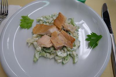Grün-Weisser Selleriesalat / Geschnetzeltes mit Birnen / Winterfruchtsalat mit Zabaione - Hobbychochmenü 3.3.16