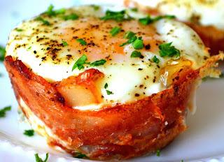Bacon, Egg & Toast cup
