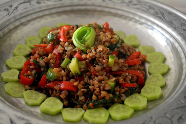 Karabuğdaylı Yaz Salatası