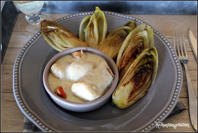 Recettes autour d'un ingrédient#14 : la vanille, Cassolette de merlu aux Saint Jacques sauce vanille , endives caramélisées au sucre vanillé.