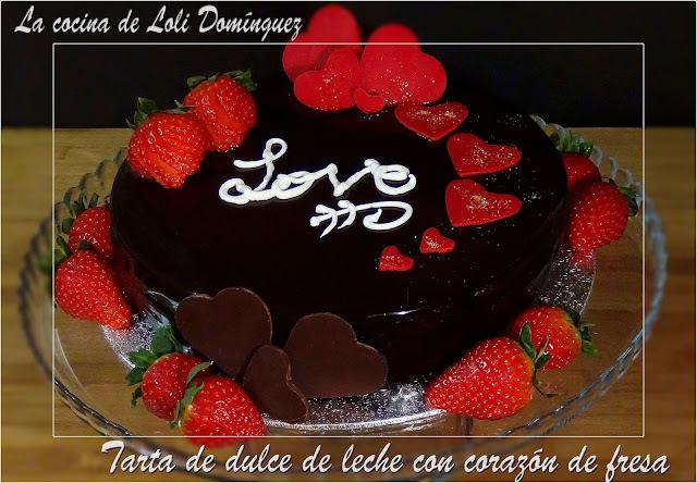 Tarta de dulce de leche con corazón de fresa. Especial San Valentín