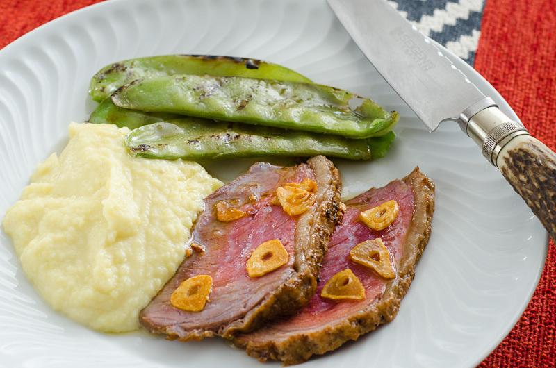 Receitas para o Dia dos Pais | Ovos cozidos temperados e picanha grelhada com cobertura de alho.