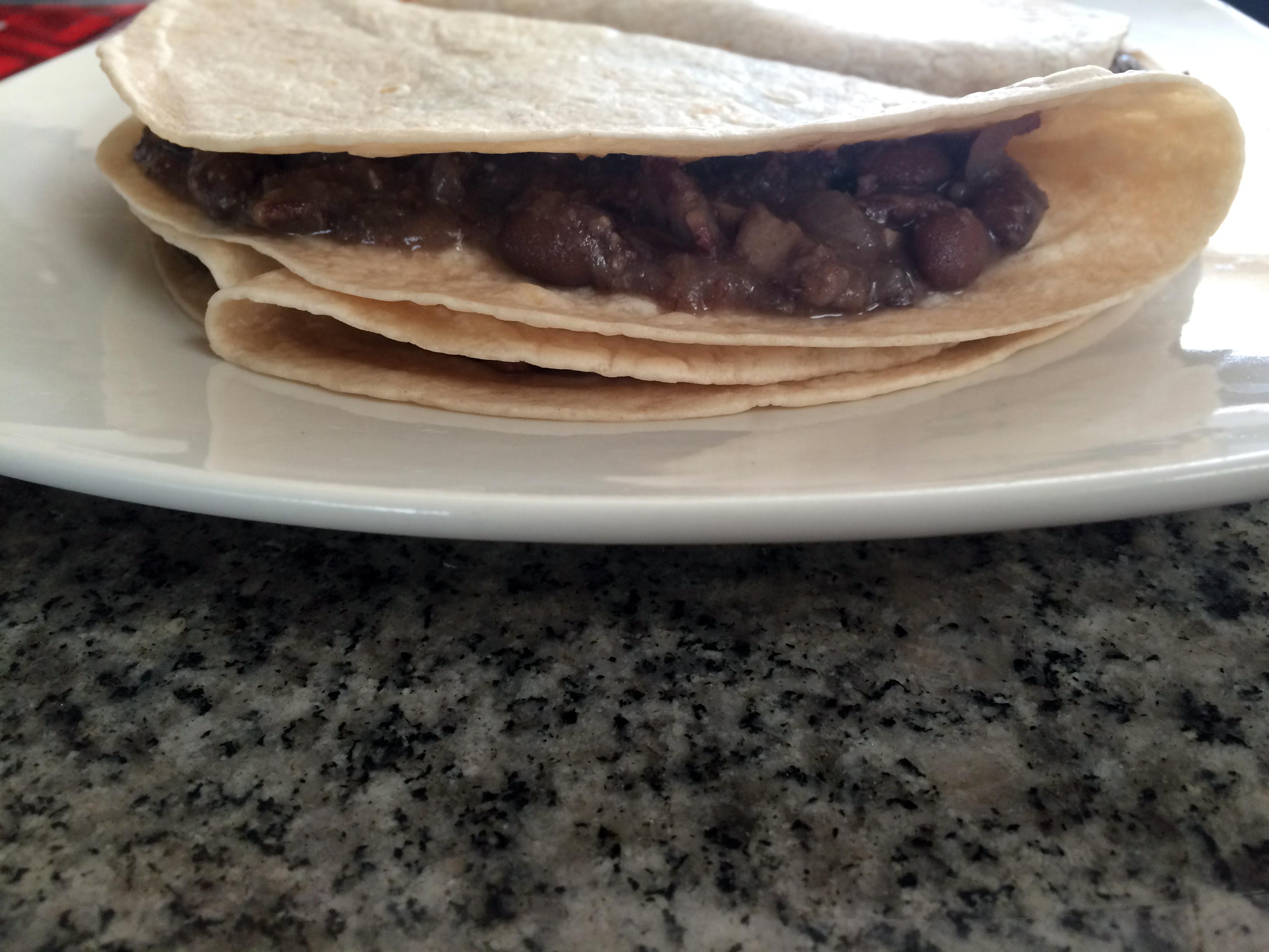 Tacos de Frijoles Refritos