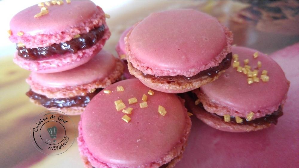Macarons framboise et caramel salé – Si si c'est vrai !