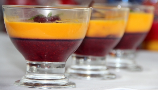 Mixed berry and Mango – Panna cotta/Mousse: Vegan friendly