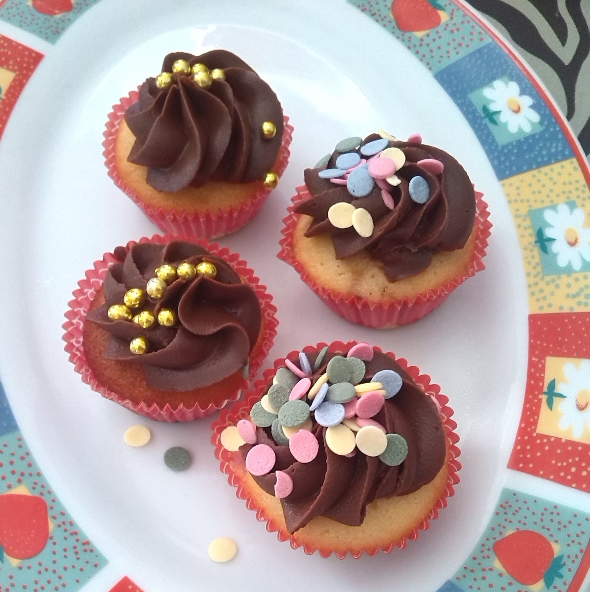 Cómo hacer cupcakes MUY FACILES