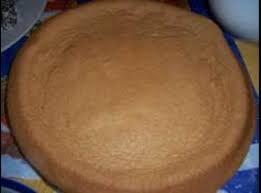 massa de pão de ló de chocolate para rocambole