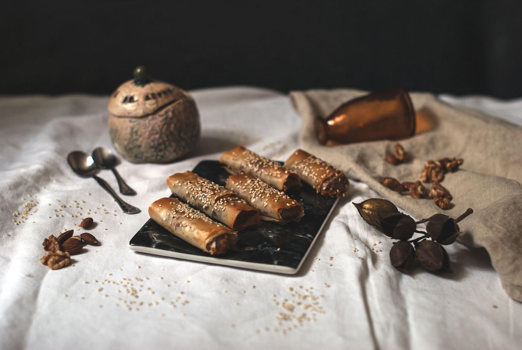 Orechovo-mandľové rolky z filo cesta