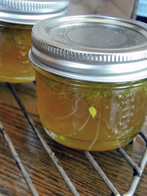 Garlic and Herb Wine Jelly (Toast Topper #47) #SundaySupper