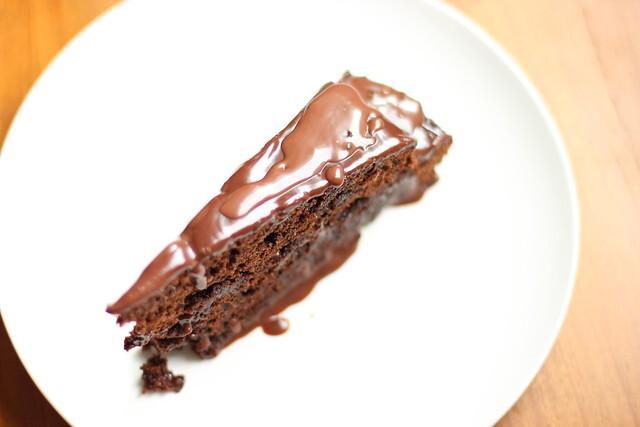 Bolo de chocolate e laranja / Chocolate and orange cake