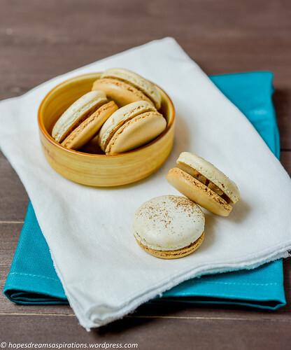 Chestnut macarons