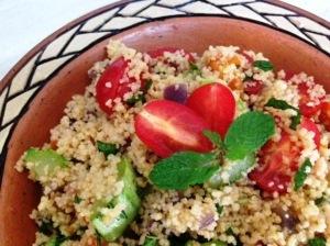 cuscuz salada na cuscuzeira
