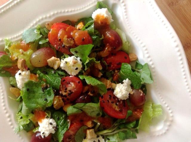 Salada colorida agridoce