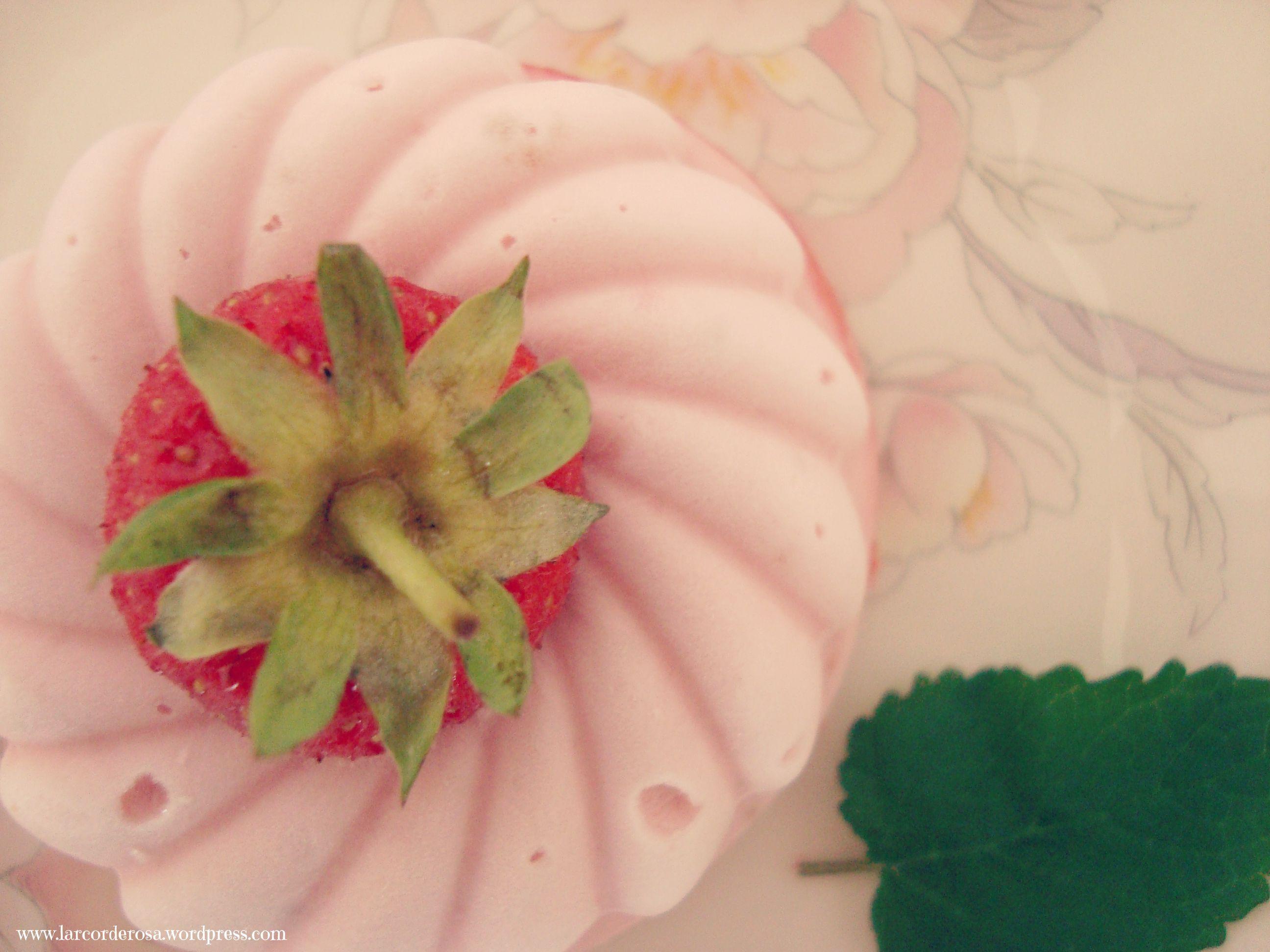 Torta sorvete de morango ♥
