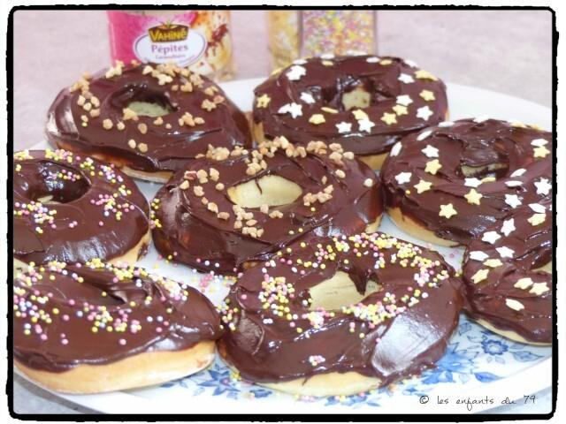 Donut's nappés au chocolat, recette sur le blog