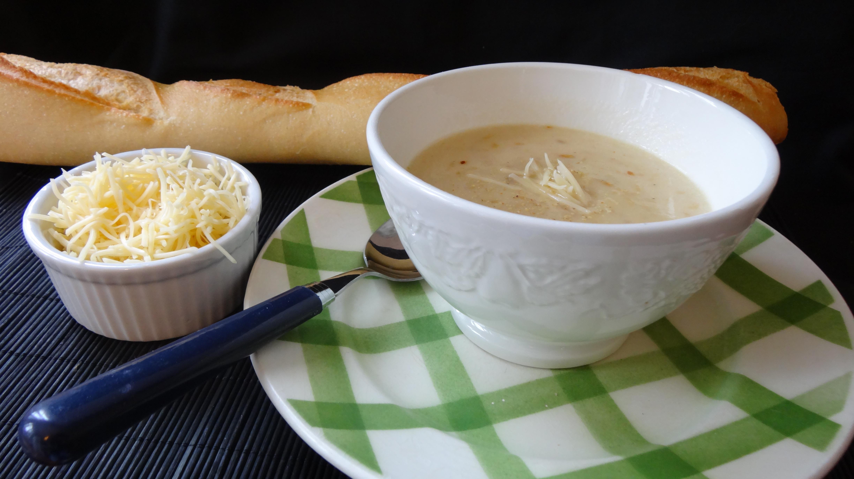 Soupe à l'oignon au Comté