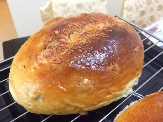 粒粒芝士合桃大包(麵包機搓粉,焗爐烘焙;附有湯種版及普通做法)