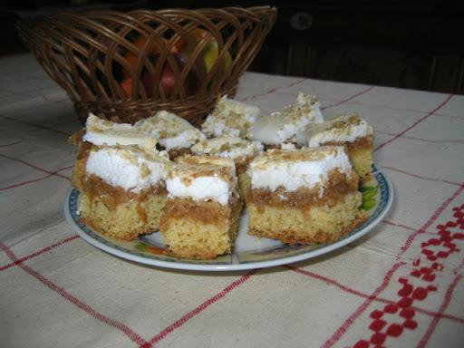 Almás habos sütemény